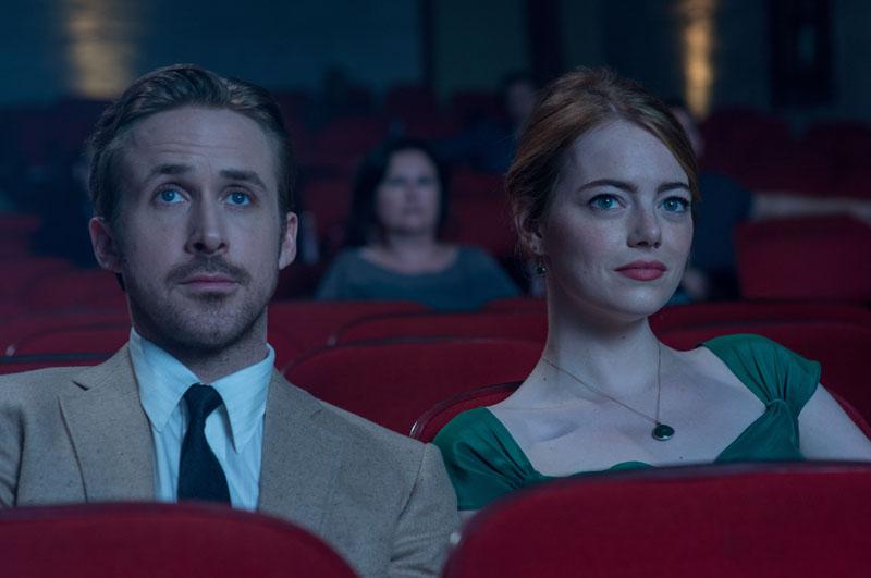 Sebastian (Ryan Gosling) and Mia (Emma Stone) in LA LA LAND.